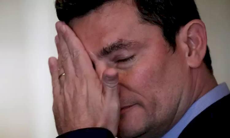 Celular de Moro hackeado e mensagens divulgadas